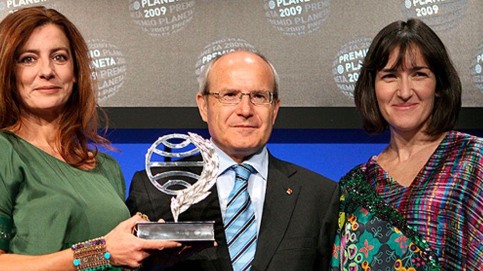 Ángeles Caso gana el premio Planeta