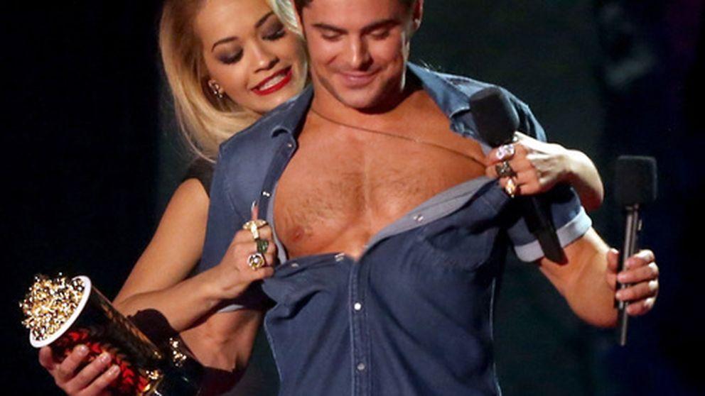 Zac Efron, a pecho descubierto en MTV