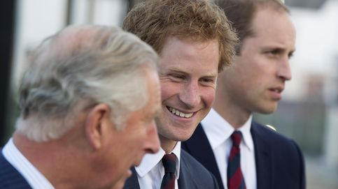 El príncipe Carlos de Gales 'vendió' a sus hijos para intentar conseguir mayor popularidad