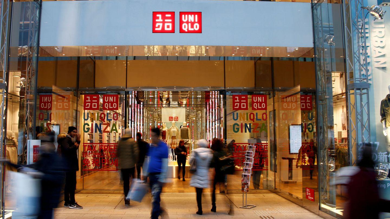 Foto de archivo de entrada la de la tienda de Uniqlo en Tokio. (Reuters)