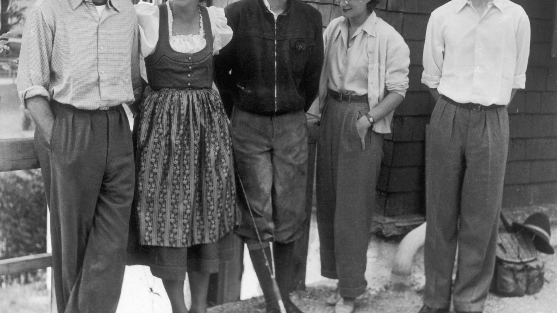 Leopoldo y Lilian con los hijos de él. (Getty)