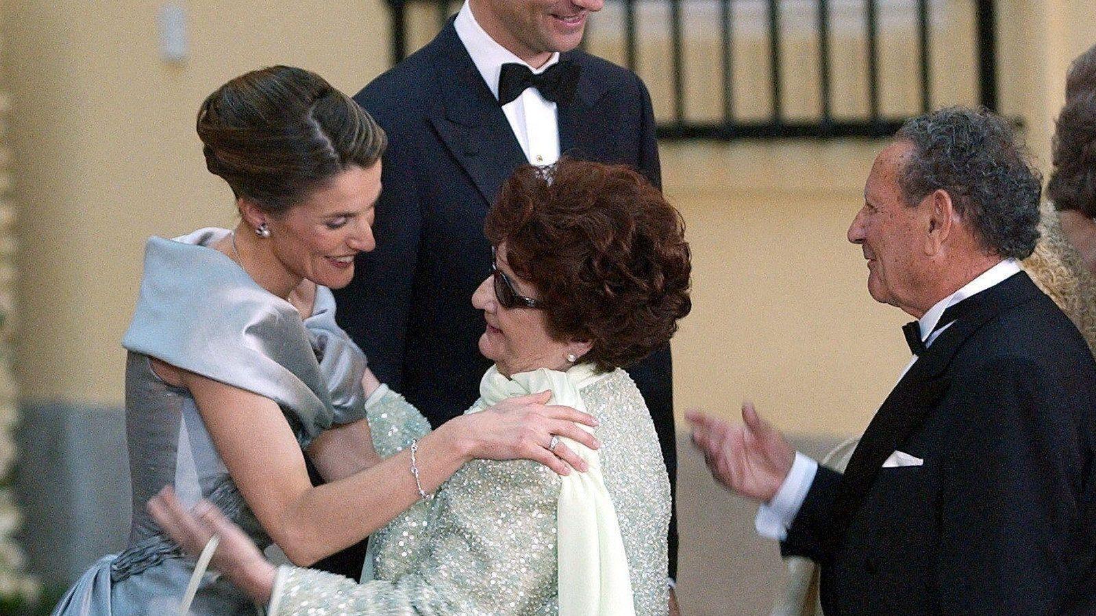 Reina letizia letizia despide a su abuelo en la m s estricta intimidad oficial y solicitada - Muere el abuelo de la casa de empenos ...