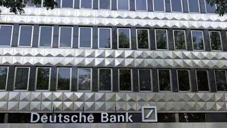 Fachada del banco alemán Deutsche Bank en Madrid. (EFE)
