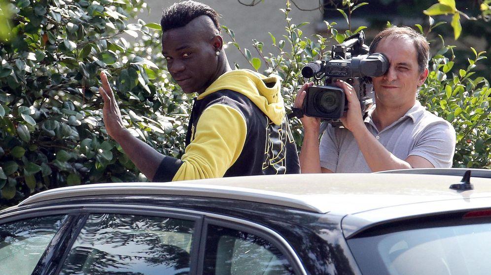 Foto: Balotelli regresó a Milán tras un año nefasto en Liverpool (Efe)