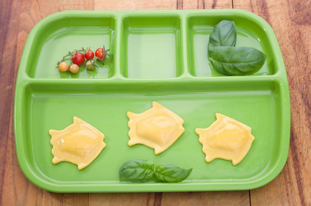 Foto: Las bandejas de los comedores escolares, cada vez más verdes. (iStock)