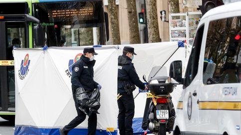 Muere un motorista tras chocar contra un autobús privado en San Sebastián