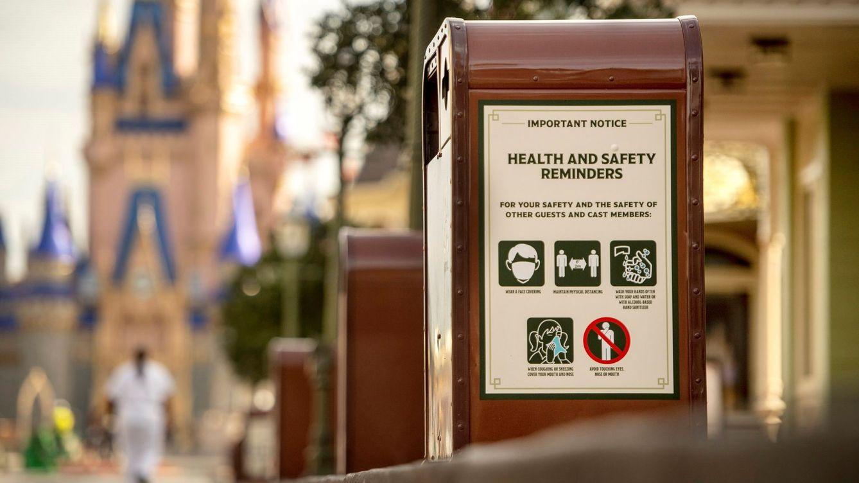 Disney abre su parque temático en medio del récord diario de muertes en Florida