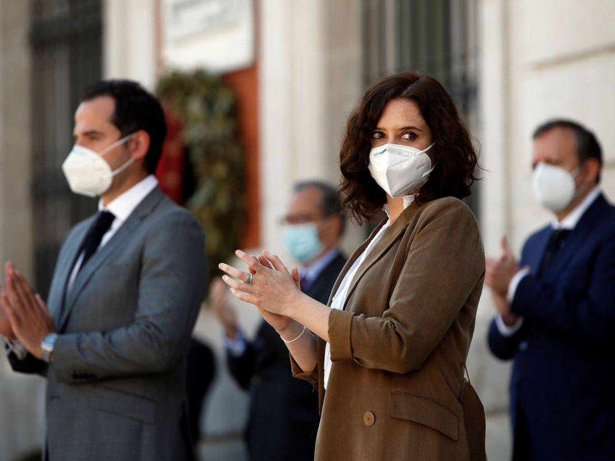 Foto: La presidenta de la Comunidad de Madrid, Isabel Díaz Ayuso (d), y el vicepresidente, Ignacio Aguado (i). (EFE)