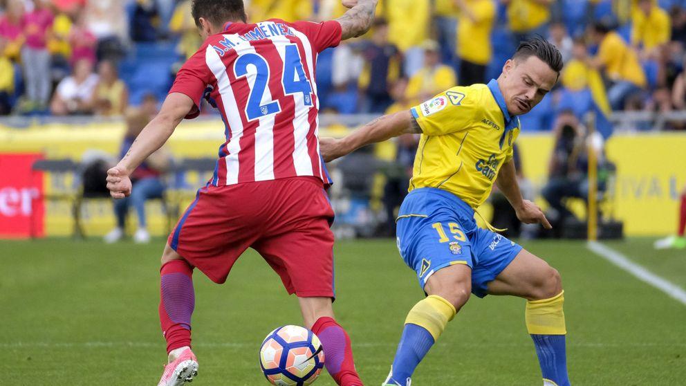 Simeone refuerza el muro del Atlético, pero se le abre una grieta en la derecha