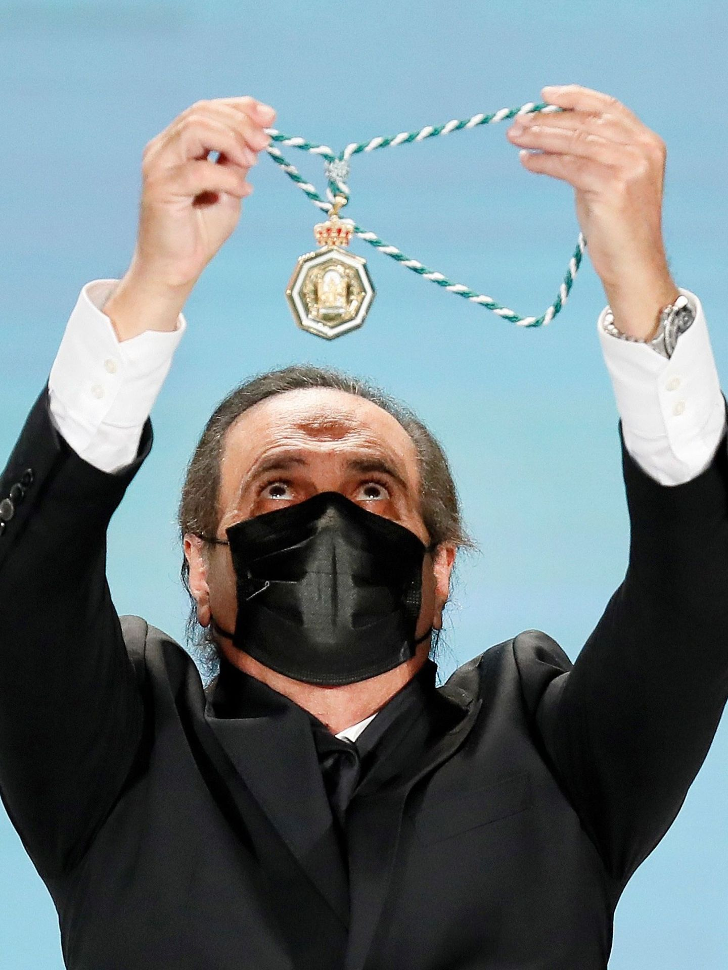 Pepe de Lucía recibe la Medalla de las Artes. (EFE)