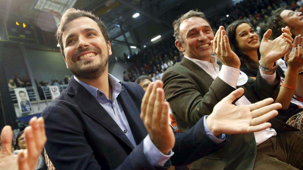 Foto: Alberto Garzón y Enrique Santiago en una imagen de archivo. (EFE)