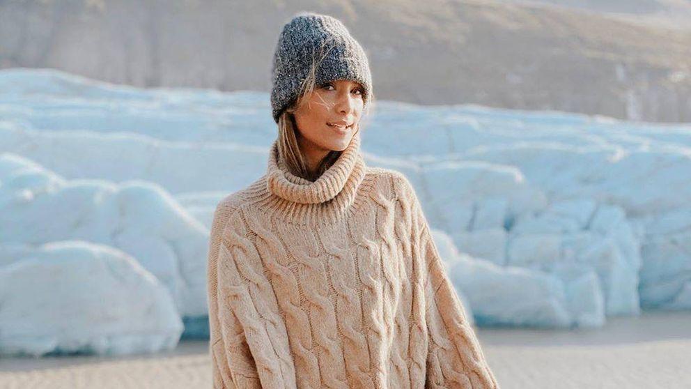 Stradivarius tiene una chaqueta biker ideal para el frío (palabra de María Pombo)