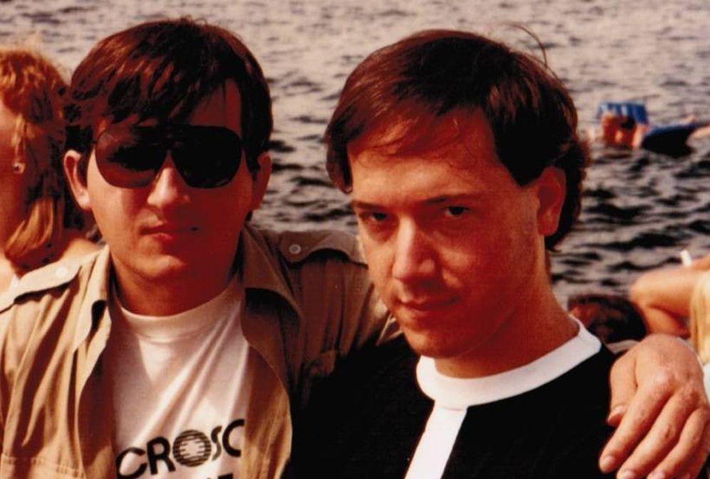 Foto: Richard Brondie (derecha) con Charles Simonyi, supervisor con él de Microsoft Office. (Imagen: cedida por Richard Brondie)