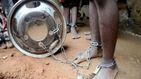 Torturados y encadenados: así han liberado a 300 jóvenes y niños de una escuela de Nigeria