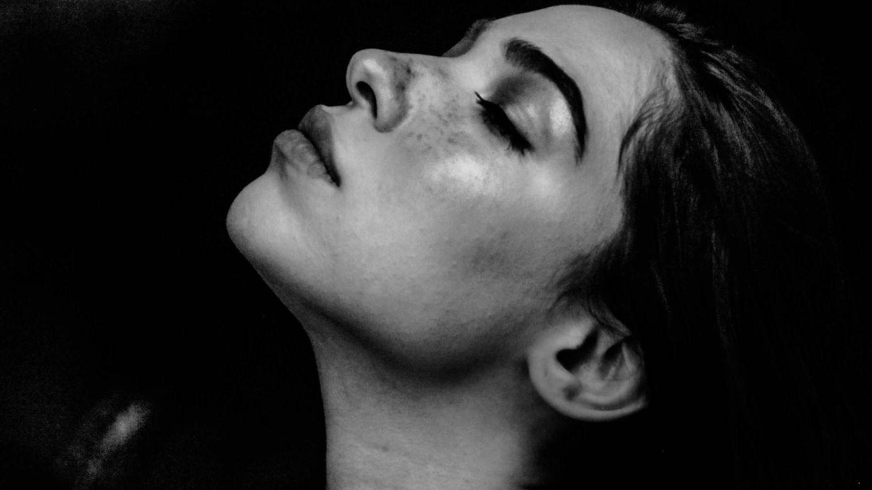 Cosméticos que relajan (de verdad) todos tus sentidos: de la piel al olfato