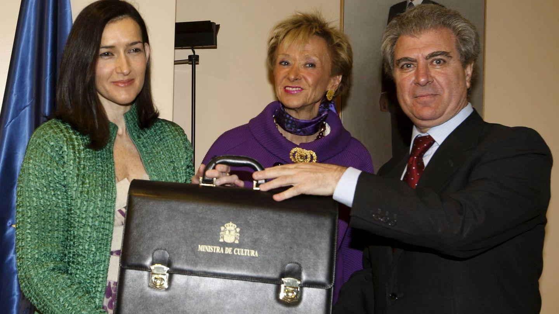 Molina pasa la cartera a Sinde. (Efe)
