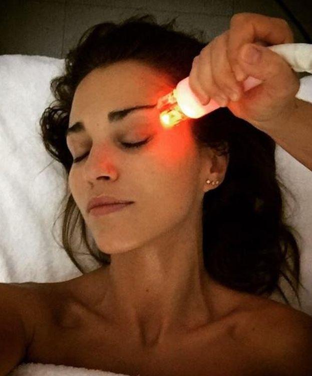 Foto: Paula Echevarría durante el tratamiento de belleza (Instagram)