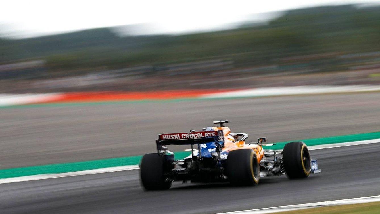 Foto: Carlos Sainz y Lando Norris terminaron de nuevo entre los diez primeros el viernes del GP de Gran Bretaña (McLaren)