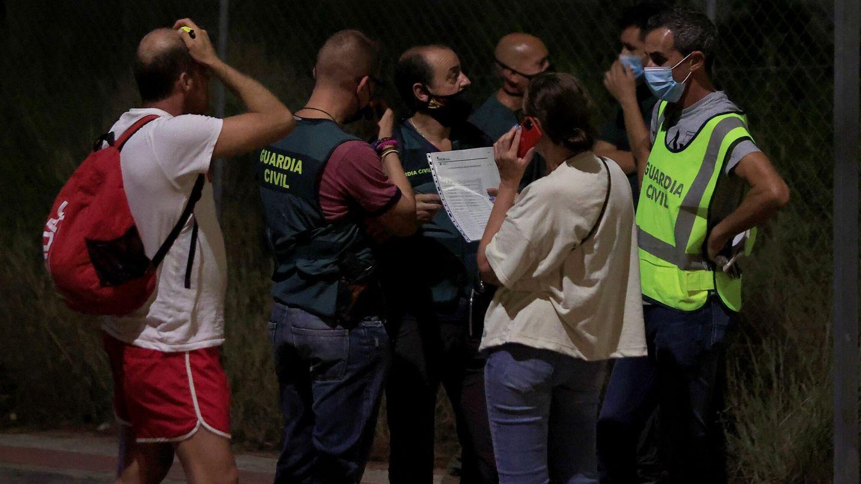 Un edificio de tres alturas se ha derrumbado este miércoles en una urbanización de la localidad castellonense de Peñíscola. (EFE)