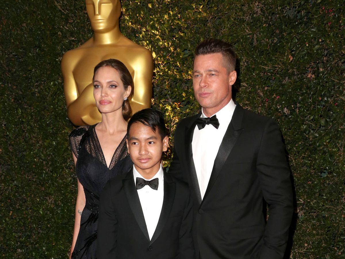Foto:  Angelina Jolie y Brad Pitt, junto a su hijo Maddox en una imagen de 2016. (Getty)