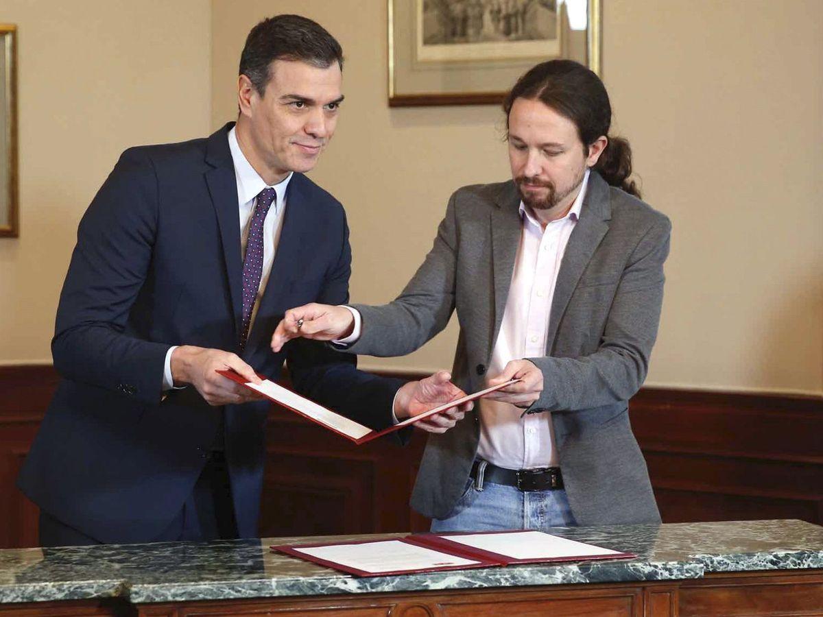 Foto: Aucerdo de gobierno entre Podemos y PSOE. (EFE)