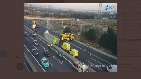 Cortada la autovía A-2 de entrada a Madrid por el accidente de un camión con cerdos