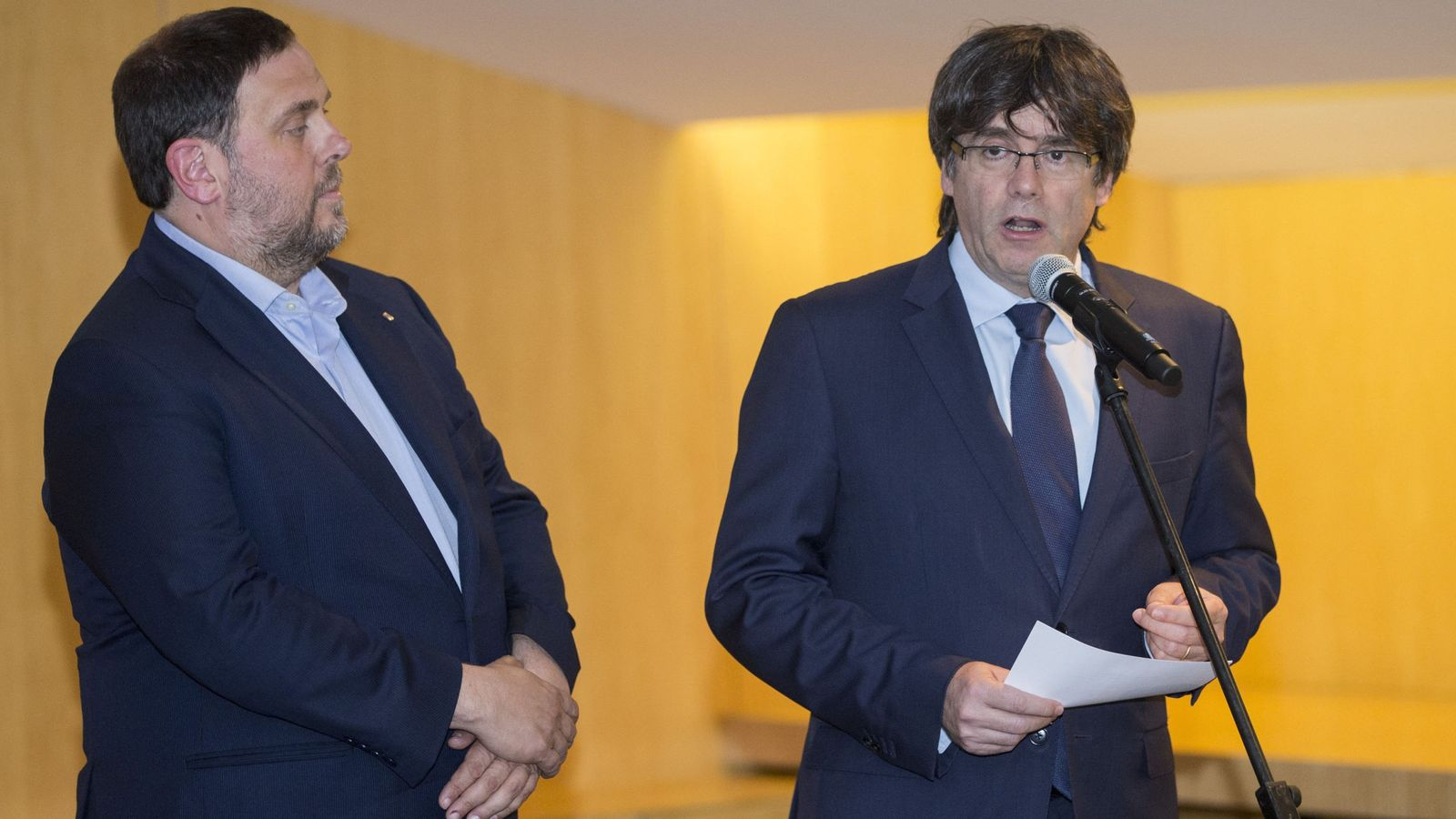 Foto: Oriol Junqueras y Carles Puigdemont. (EFE)