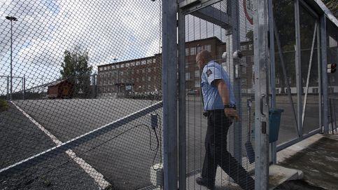 Videojuegos y tele en tus tres celdas: la tortura en la cárcel más humana