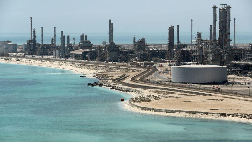 Foto: Vistas de una de las plantas de Aramco. (Reuters)