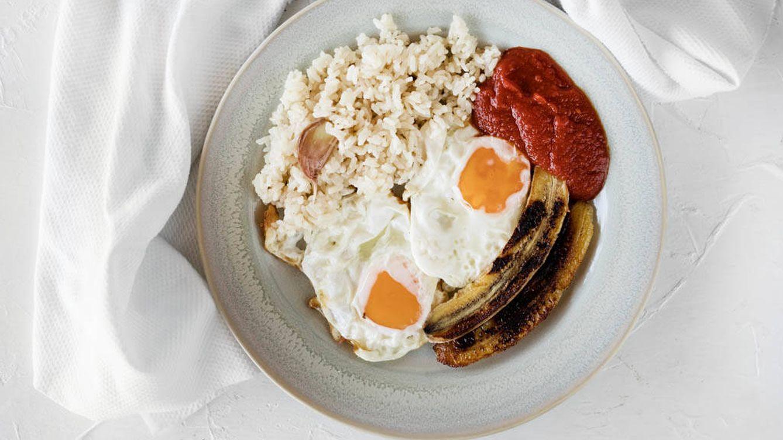 Cómo hacer el mejor arroz a la cubana (y un truco final)