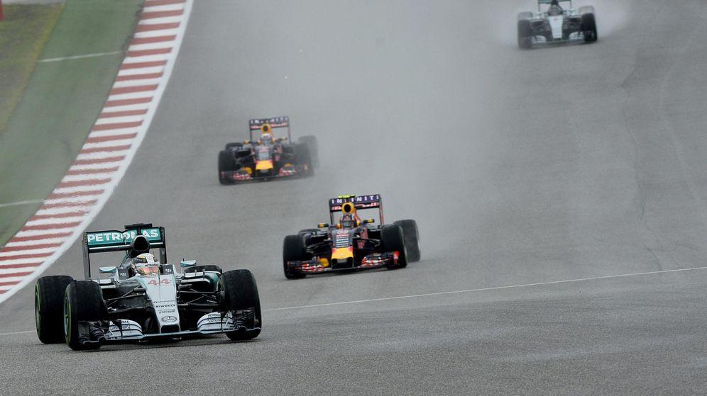 Foto: Red Bull no ha sabido hacer frente al dominio de Mercedes (EFE).