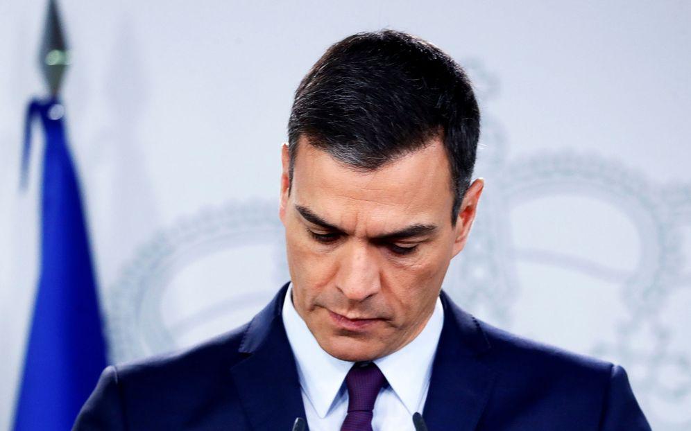 Foto: Pedro Sánchez anuncia las elecciones con su corbata amuleto. (EFE)