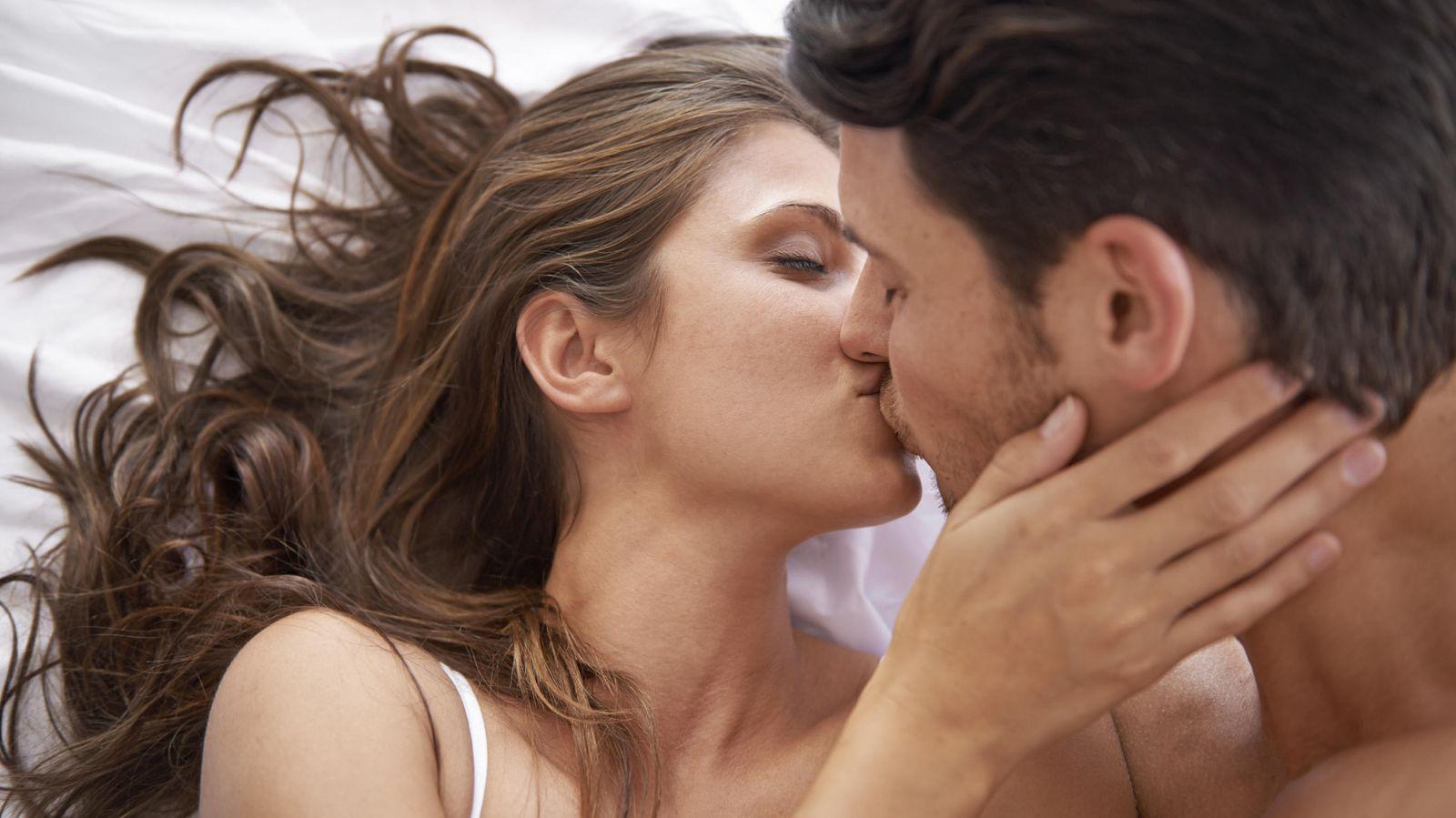 Foto: Debemos empezar a cambiar nuestras costumbres si queremos que los dos miembros de la pareja queden satisfechos. (iStock)