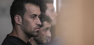 Post de Busquets atiza al mánager del Barcelona después de sus dardos a Piqué