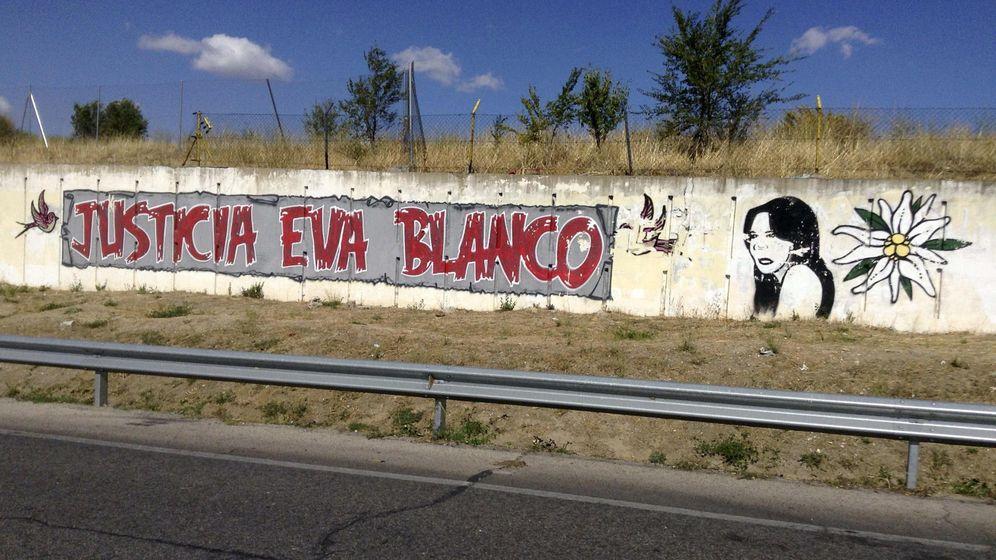 Foto: Grafiti en la entrada de Algete, Madrid. (EFE)