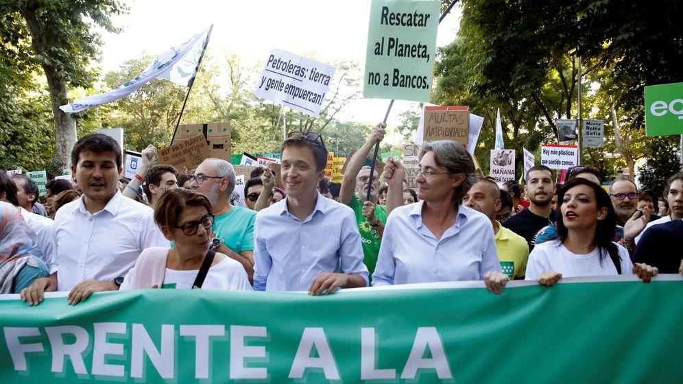 Foto: El candidato de Más País a las elecciones generales, Íñigo Errejón (c). (EFE)