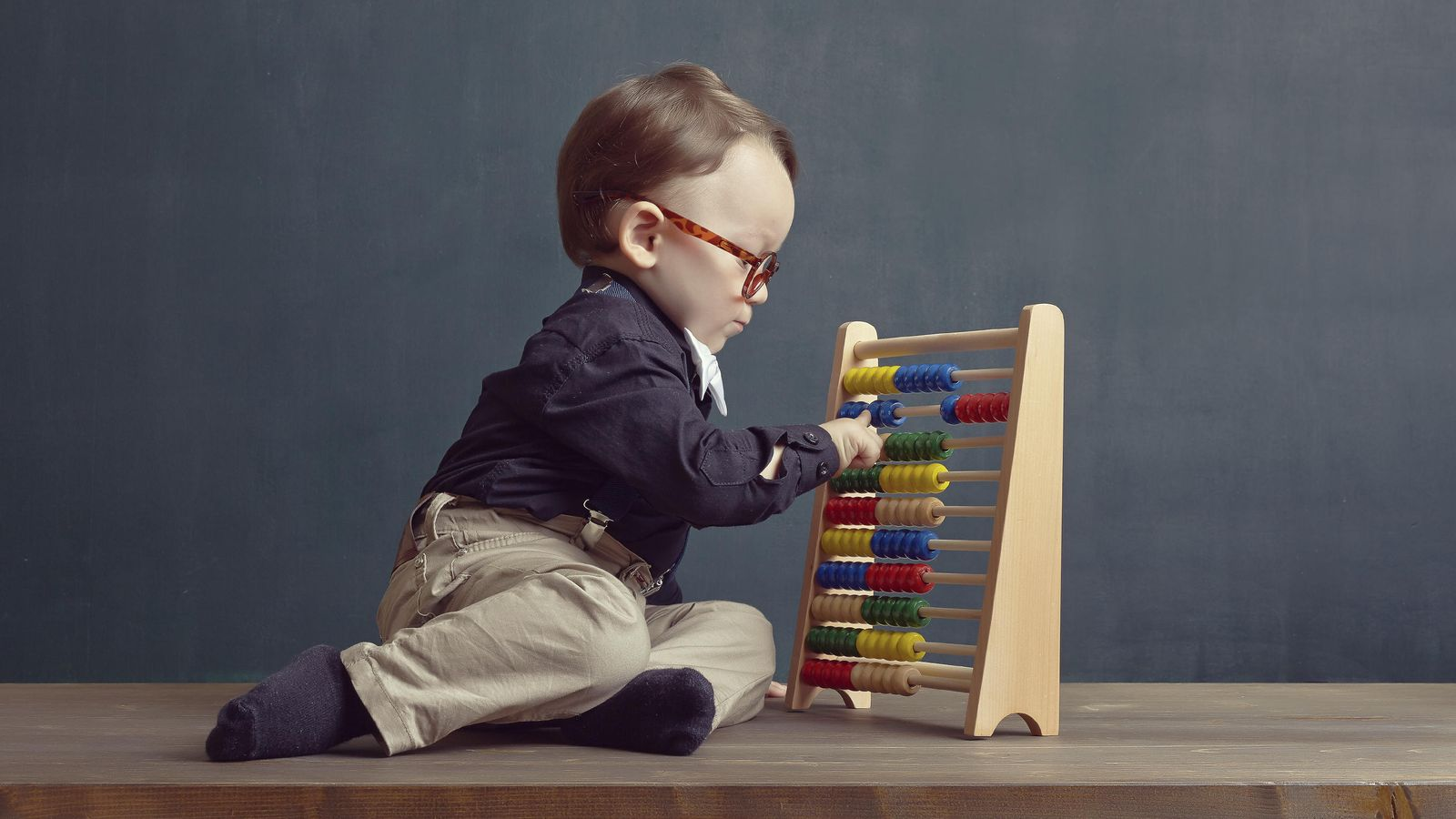 Foto: ¿Deben los más pequeños aprender nociones económicas a una temprana edad? (iStock)