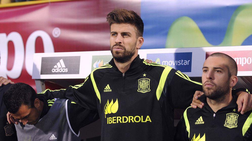 Foto: Esta vez, los pitos no fueron para el himno, sino para Piqué. (EFE)