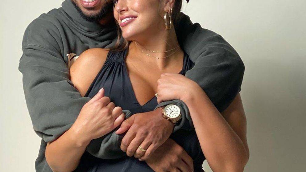 Ashley Graham revela el sexo de su bebé y esto es lo que le regalaríamos de Zara Home