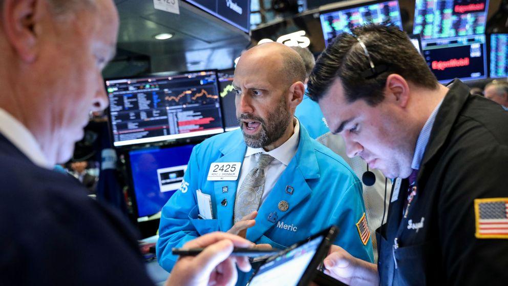 Wall Street reduce sus expectativas de bajada de tipos tras los datos macro