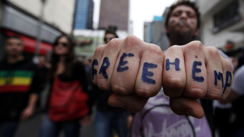 Un manifestante durante una marcha a favor de la legalización celebrada en Sao Paulo (Reuters).