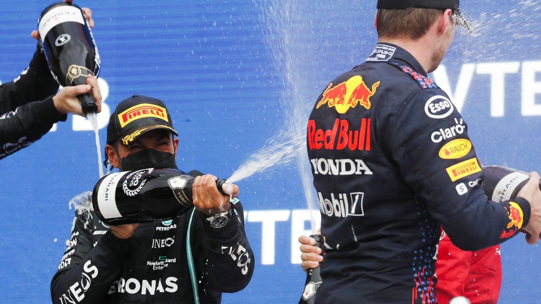 Mientras toda la 'agresividad' entre Hamilton y Verstappen se quede en el champán, mejor para todos.