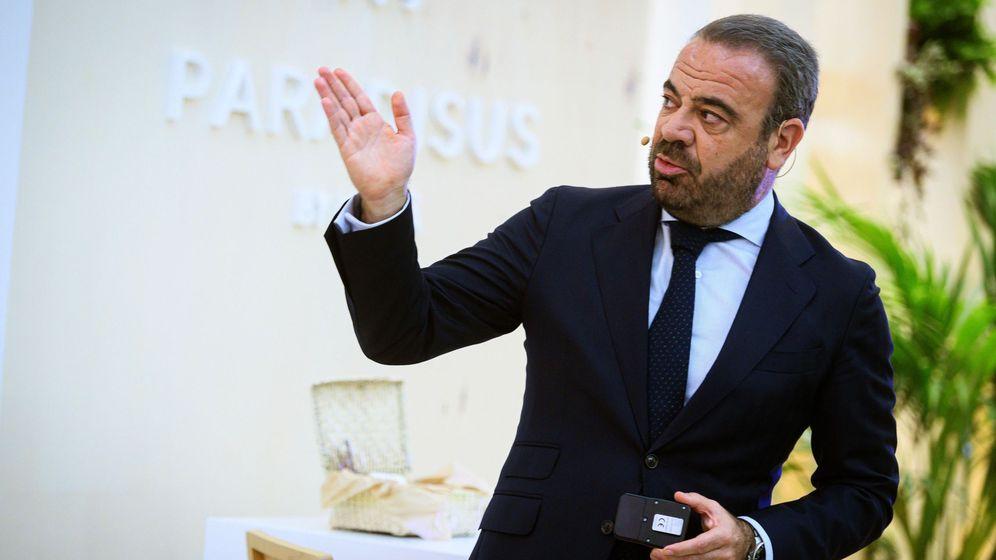Foto: El CEO de Meliá Hoteles Internacional, Gabriel Escarrer, en Fitur (EFE)