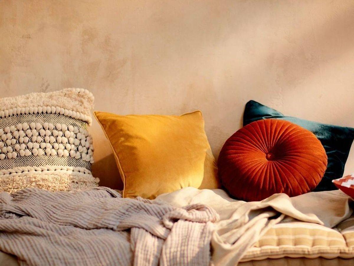 Foto: Estos son solo algunos de los cojines de Primark Home que nos han fascinado. (Cortesía)