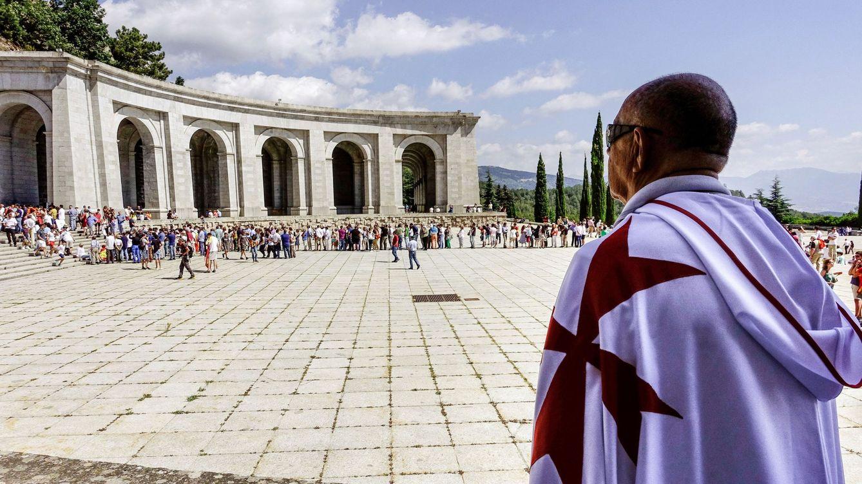 El Gobierno tiene ya vías para sacar los restos de Franco sin el permiso de la familia