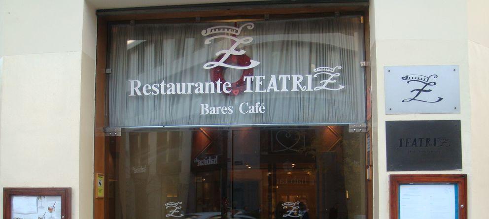 Foto: Entrada del restaurante Teatriz de Madrid (I.C.)
