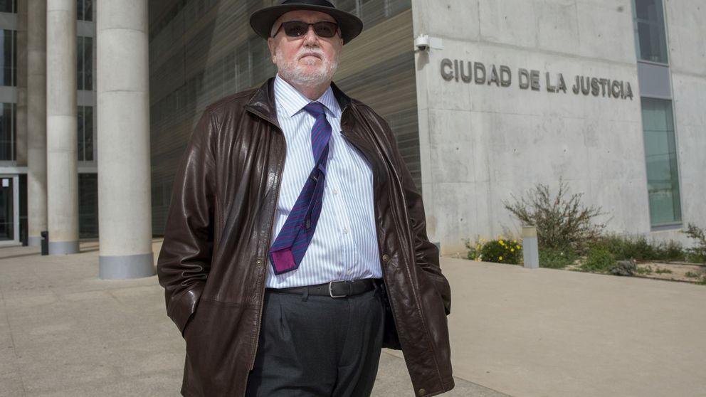 La falsa 'purga' en la Fiscalía de Murcia mantendrá el cerco al presidente del PP