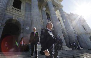 Guindos anuncia una nueva ley para impulsar la financiación empresarial