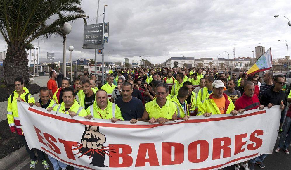 Foto: Los estibadores convocan tres semanas de huelga en los puertos. (EFE)
