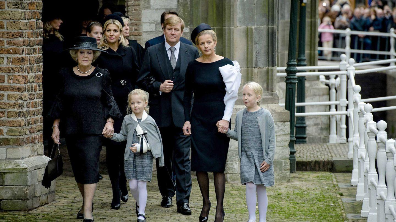 La familia real de Holanda, en el funeral de Friso. (EFE)
